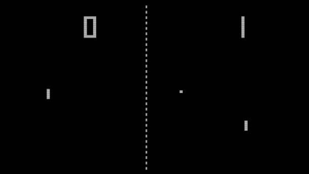 PONG interfejs: Najjednostavnija 2D grafika, dve pločice i loptica koju je potrebno ugurati u protivnički gol.