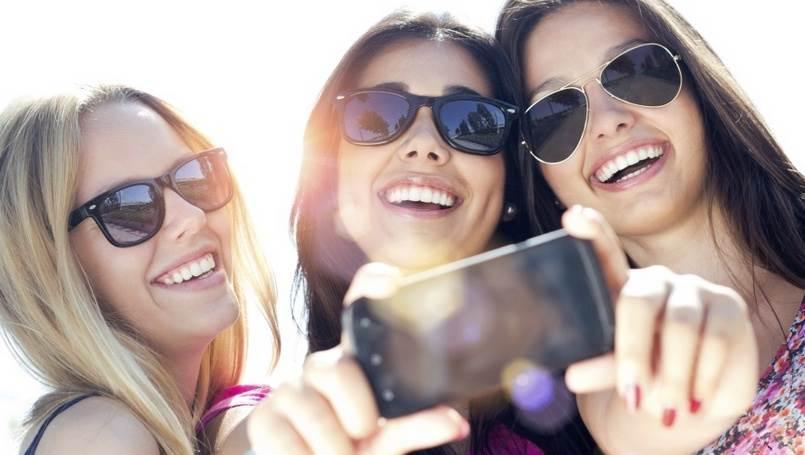 Sa pravim prijateljima ne morate da se viđate svaki dan, mada imate potrebu. Svakodnevne obaveze, geografska udaljenost… ništa ne može da raskine vaše utemeljeno prijateljstvo.