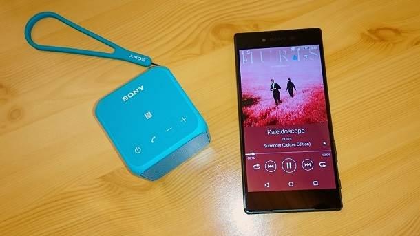 Sony Xperia Z5 Premium & Sony SRS-X11