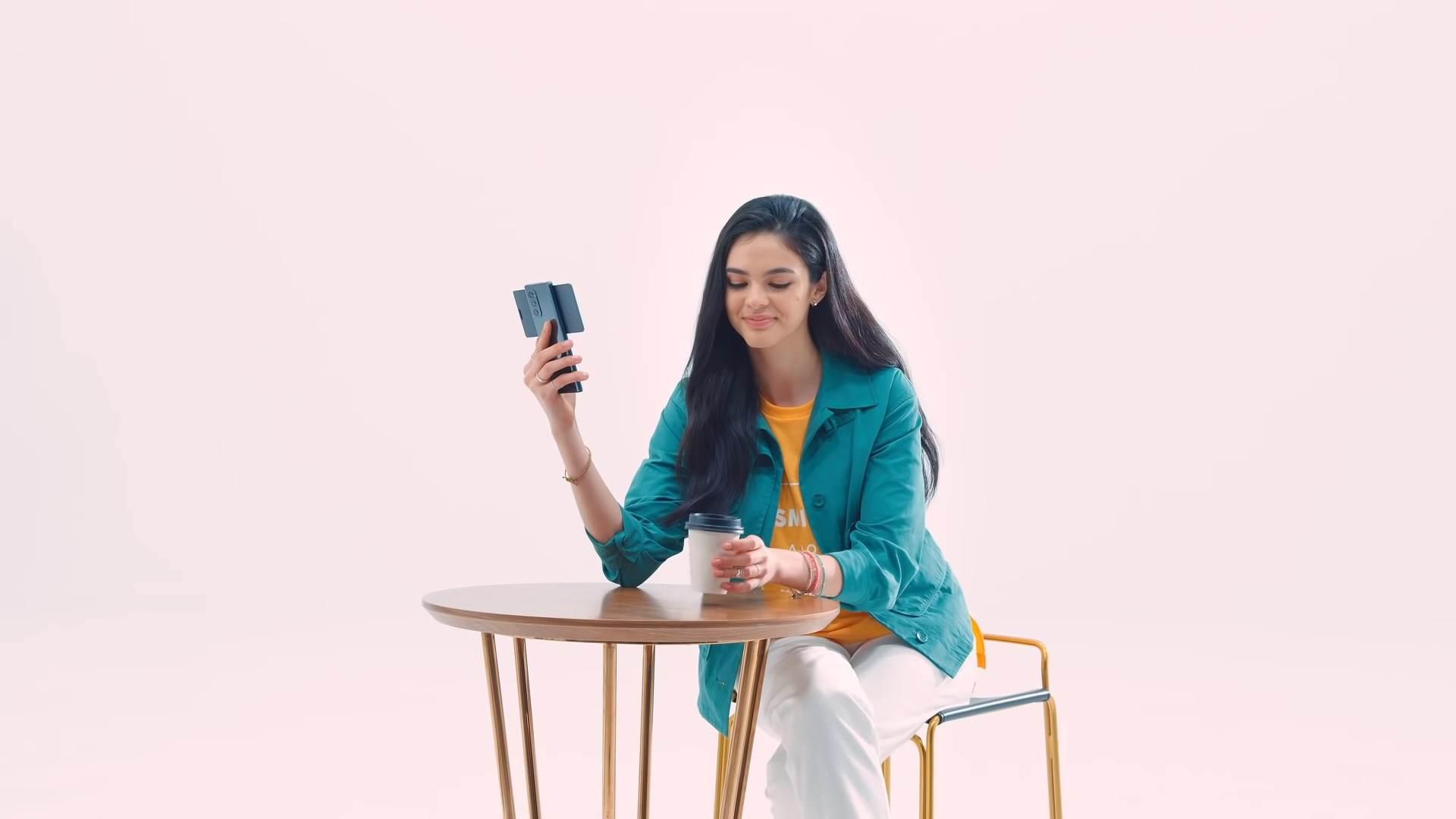 LG Wing pametni telefon