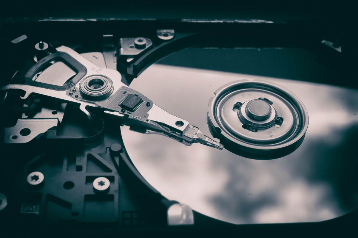 Otvoren hard disk