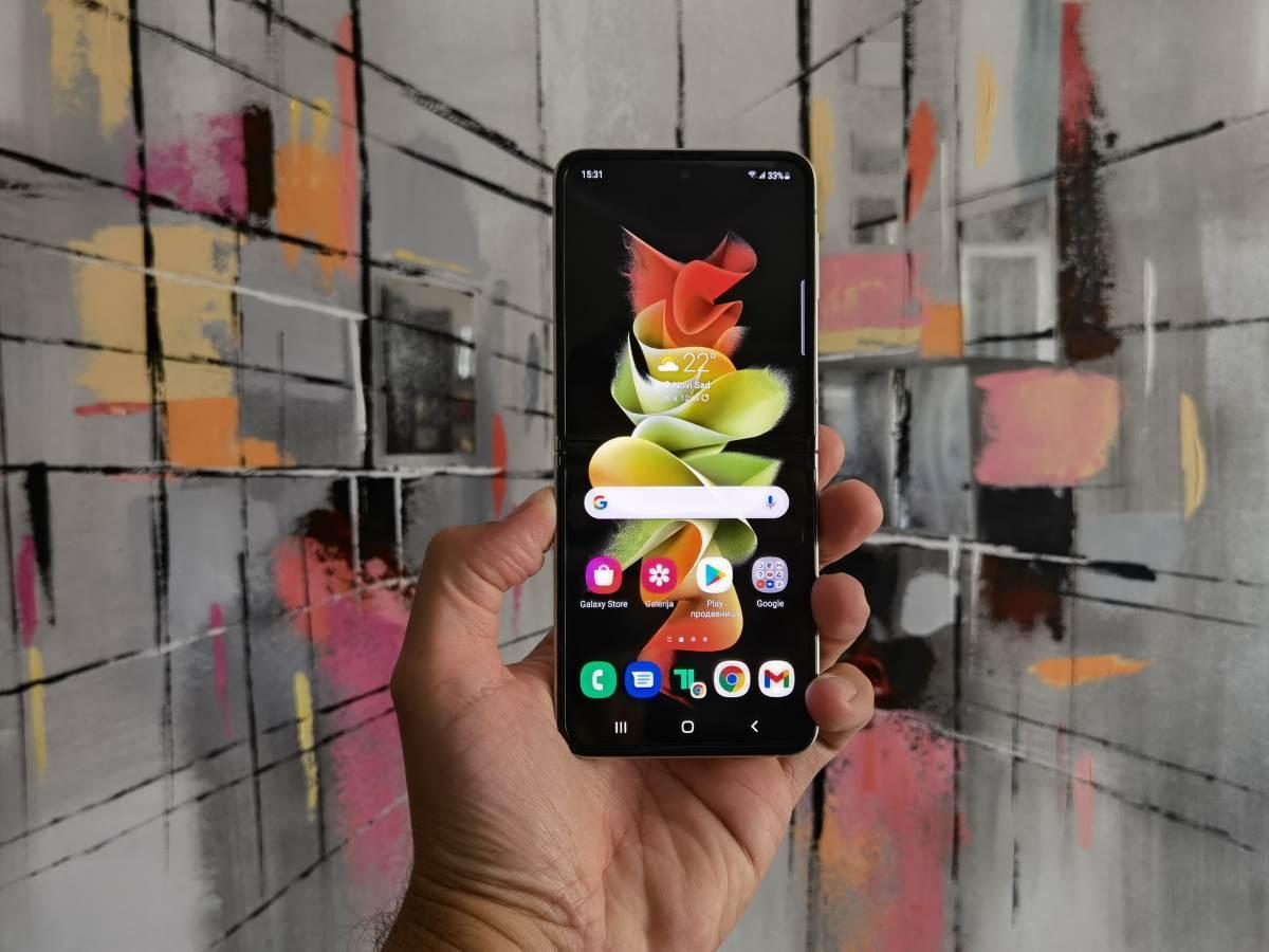 Samsung Galaxy Z Flip3 5G Slike Uživo (19)