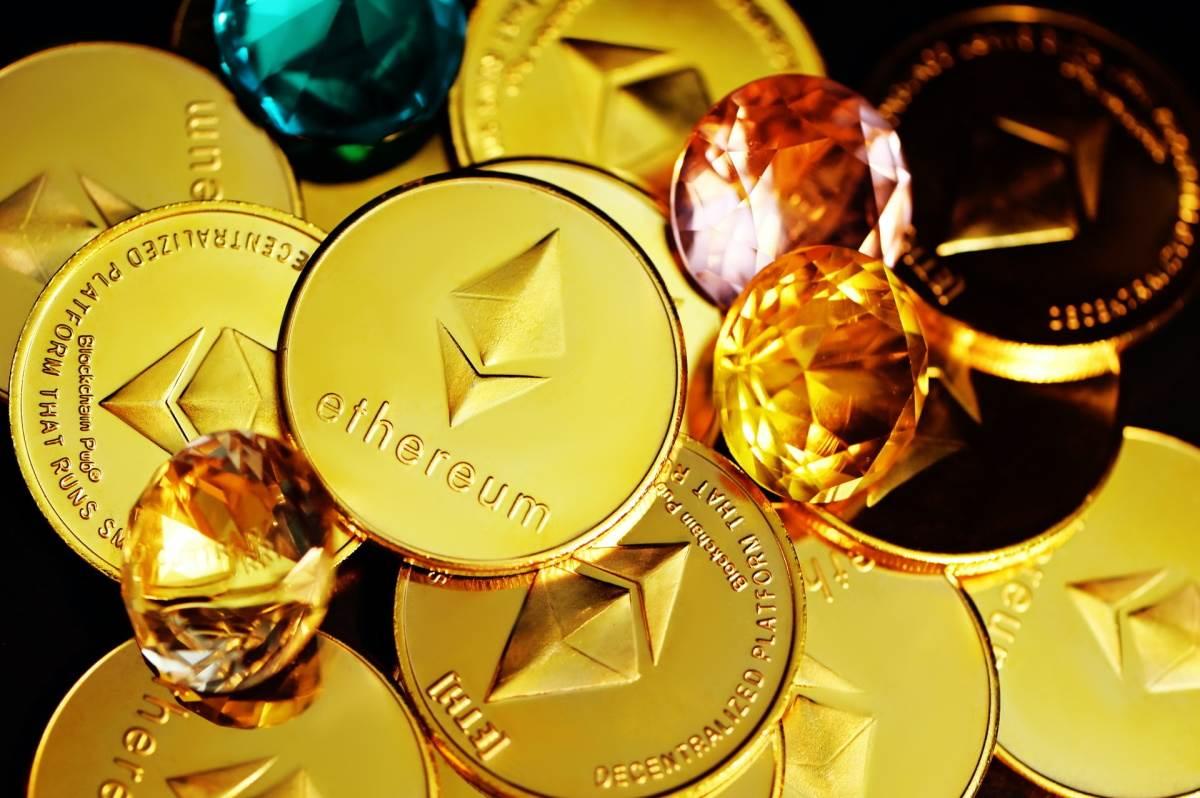 Ethereum novčići na gomili
